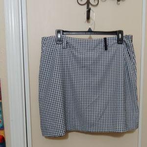 Nike Golf Herringbone Skort with white shorts 12